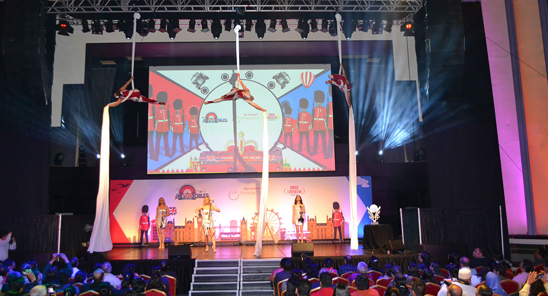 Aerial Shows - Silks Gallery - Asian Paints at The Troxy