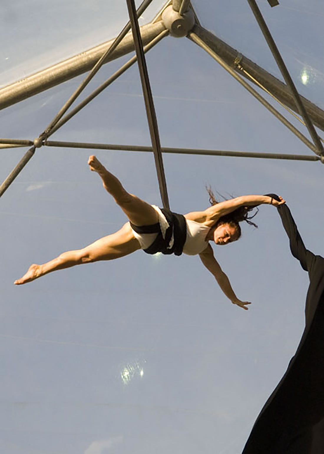 Aerial Shows - Silks Gallery - National Lottery Awards televised at Eden Project