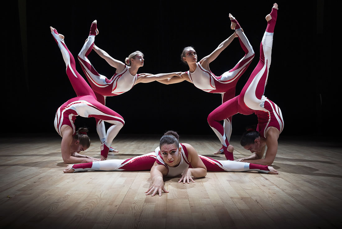 Groundbased Shows - Acrobats Gallery - All Girls Troupe in Cirque costumes 2