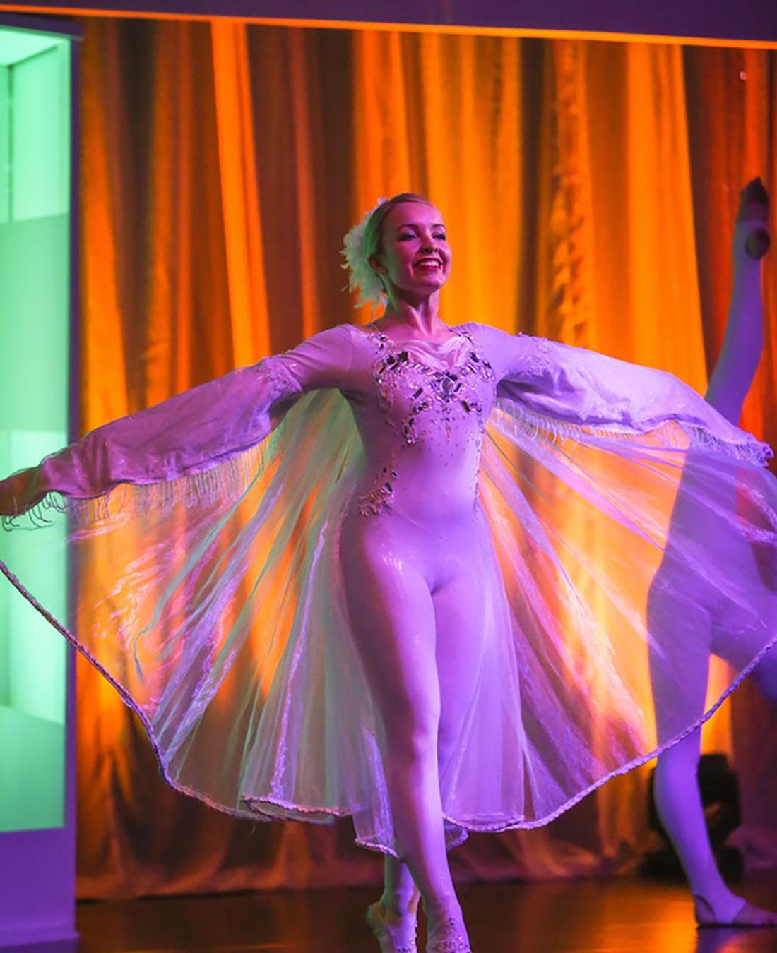 Groundbased Shows - Ballerinas Gallery - Costa Manchester 1