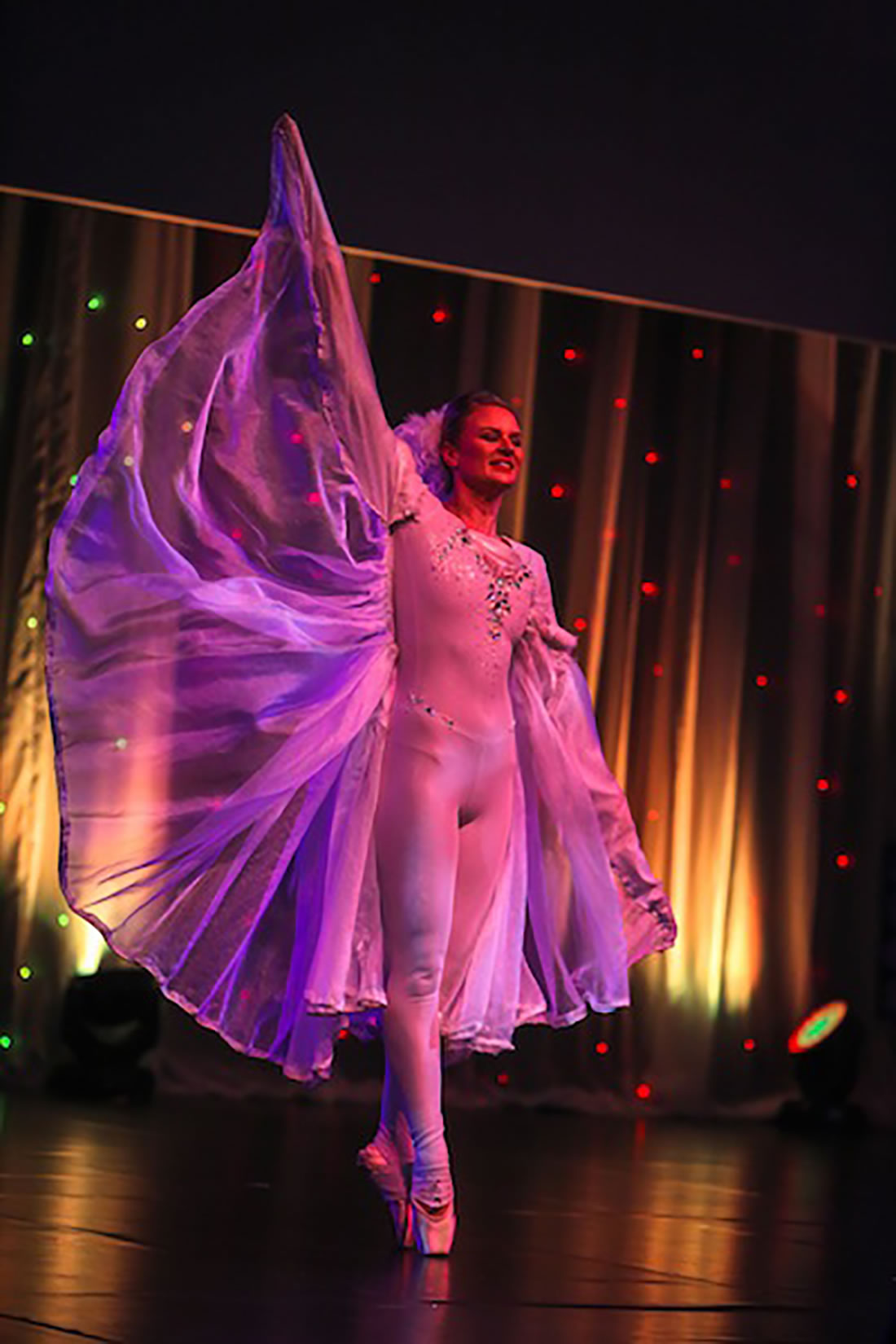Groundbased Shows - Ballerinas Gallery - Costa Manchester 2