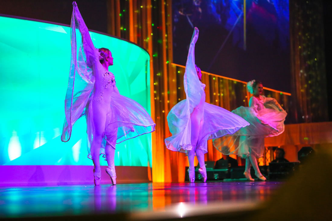 Groundbased Shows - Ballerinas Gallery - Costa Manchester 4
