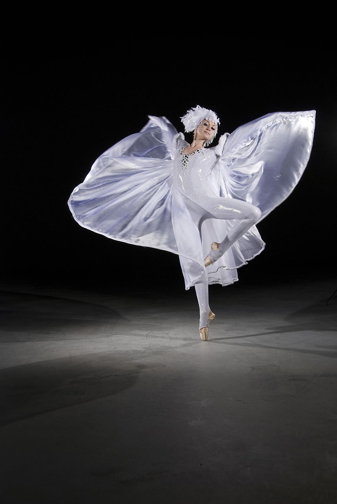 Groundbased Shows - Ballerinas Gallery - Crystalline solo 2