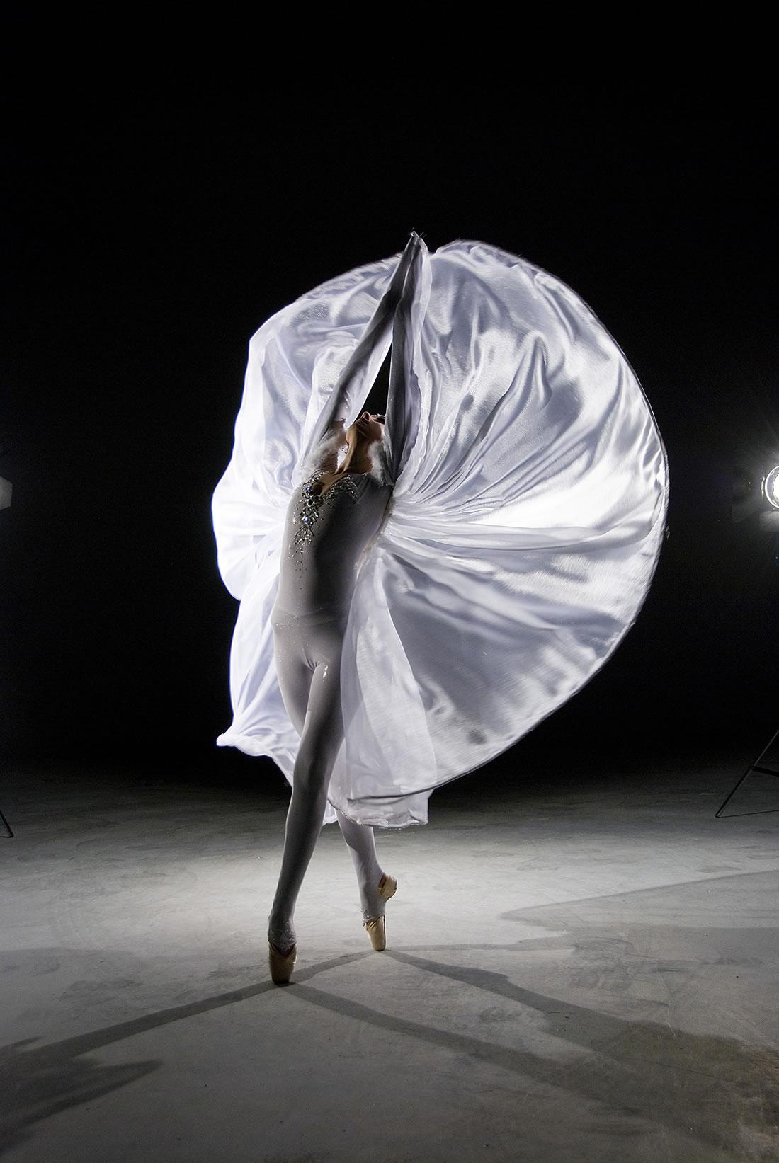 Groundbased Shows - Ballerinas Gallery - Crystalline solo 3