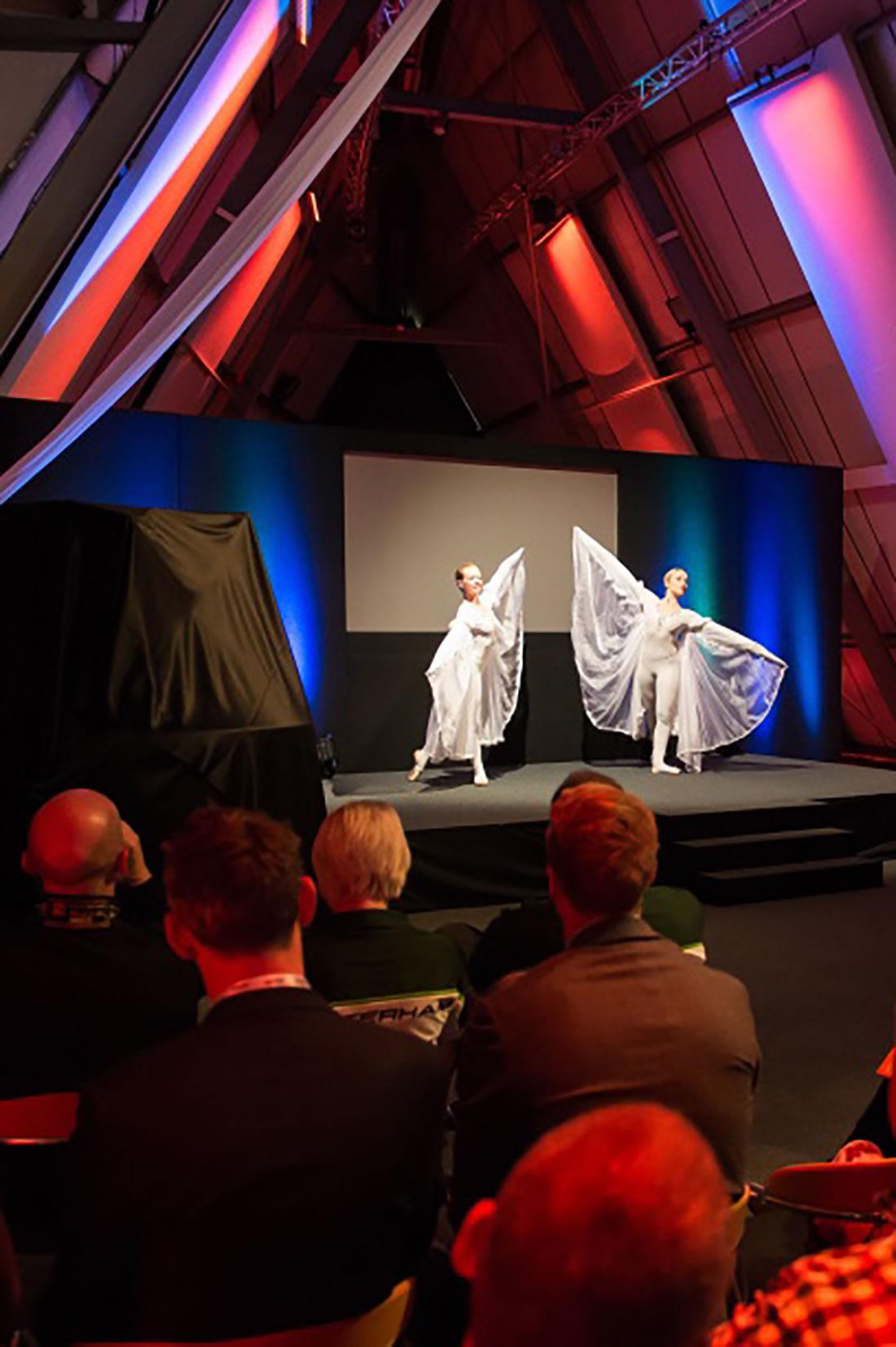 Groundbased Shows - Ballerinas Gallery - Doosan G2 Launch at Millbrook 1