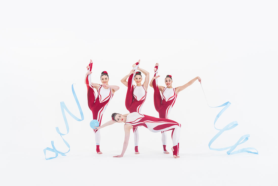 Groundbased Shows - Gymnasts Gallery - Cirque Red & White 1