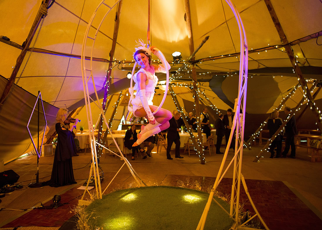 Large Cirque Shows - Gallery - Backwell_house 3