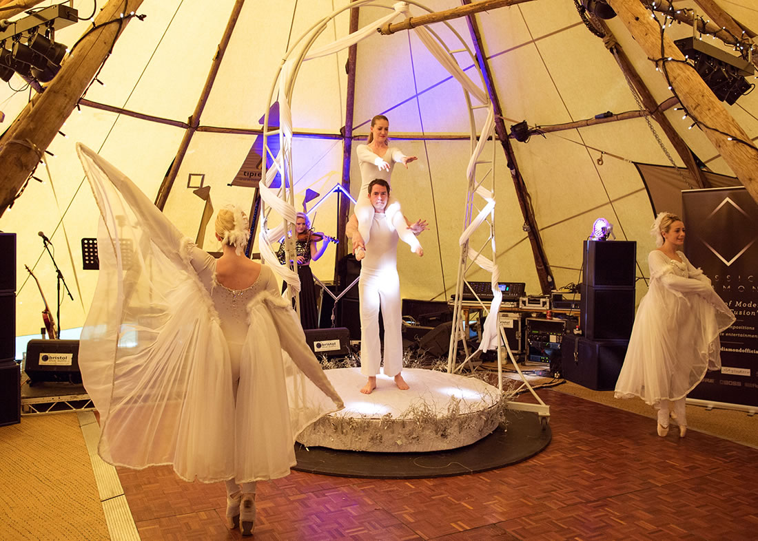 Large Cirque Shows - Gallery - Backwell_house 5