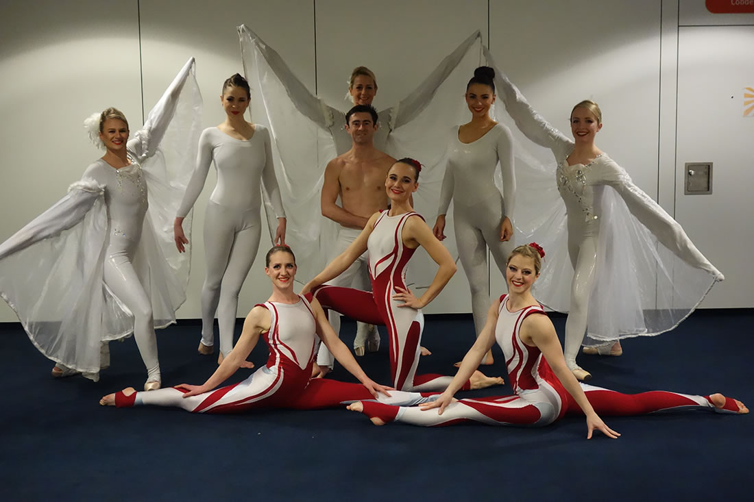 Large Cirque Shows - Gallery - Costa, Manchester Central 4