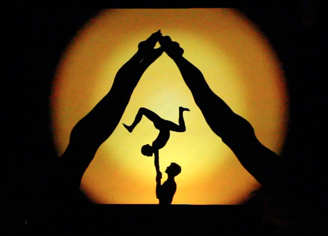 Shadow Shows - Bespoke Gallery - Pyramid